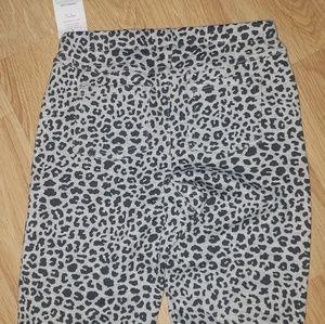 Bottoms - Sz 8 NWT girls Carters leggings